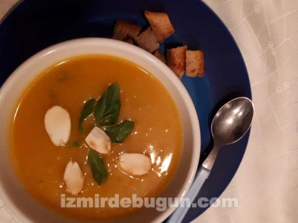 tatlı kabağı çorbası tarifi nasıl yapılır