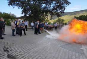 Büyükşehir'den muhtarlara afet eğitimi