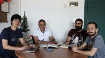 Proje Pazarında Zafer İzmir Ekonomi'nin