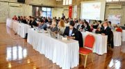"""""""Yenilenebilir enerji"""" için İzmir'de buluştular"""