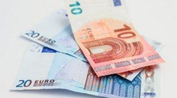 Yurt dışından vergisiz alışveriş sınırı 30 euroya çekildi