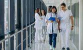 Sağlık Çalışanlarının İzinlerindeki Yasaklar Kaldırıldı